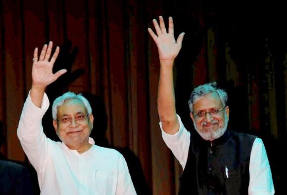 नीतीश कैबिनेट का विस्तार: कुल 26 मंत्रियों ने ली शपथ, मंगल पांडे ने नहीं ली शपथ