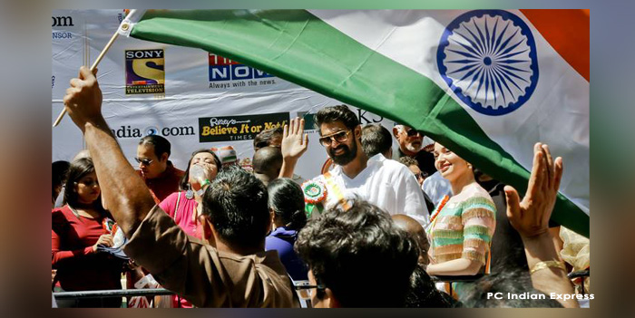 न्यूयॉर्क 'इंडिया डे परेड' में  सितारों समेत हजारों भारतीय हुए शरीक