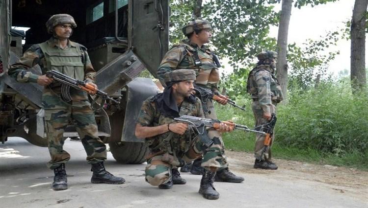 कश्मीर में सुरक्षाबलों पर जैश आतंकियों का हमला, 3 जवान शहीद